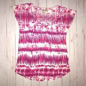 Lucky Brand pink & purple design short sleeve tee